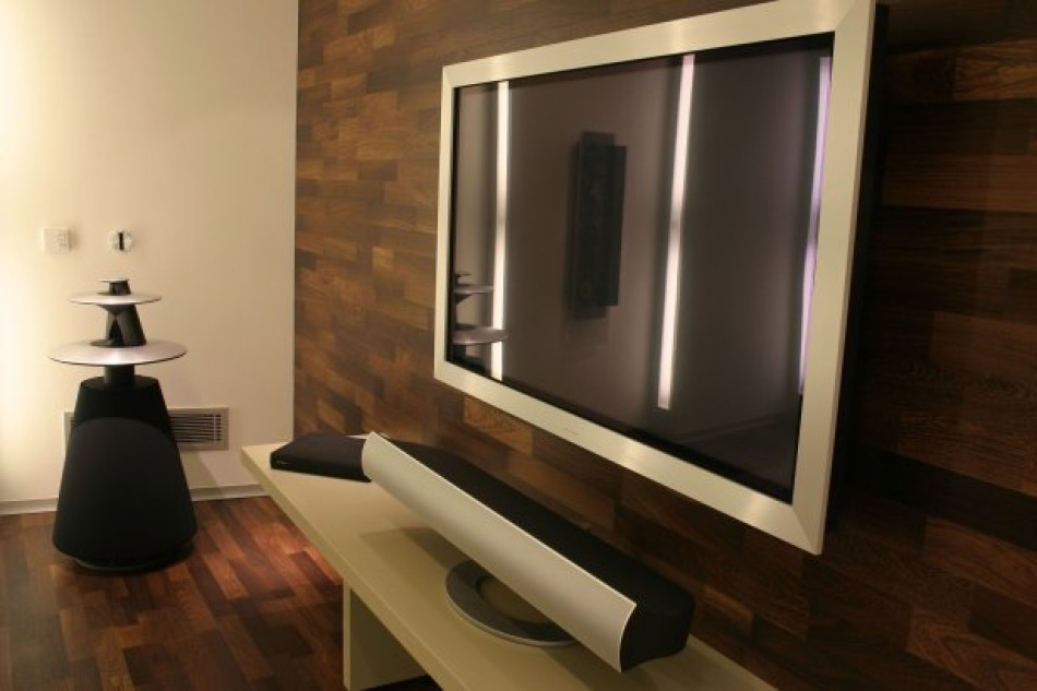 2-strip Panga-Panga Bang & Olufsen BEO Living Showroom16